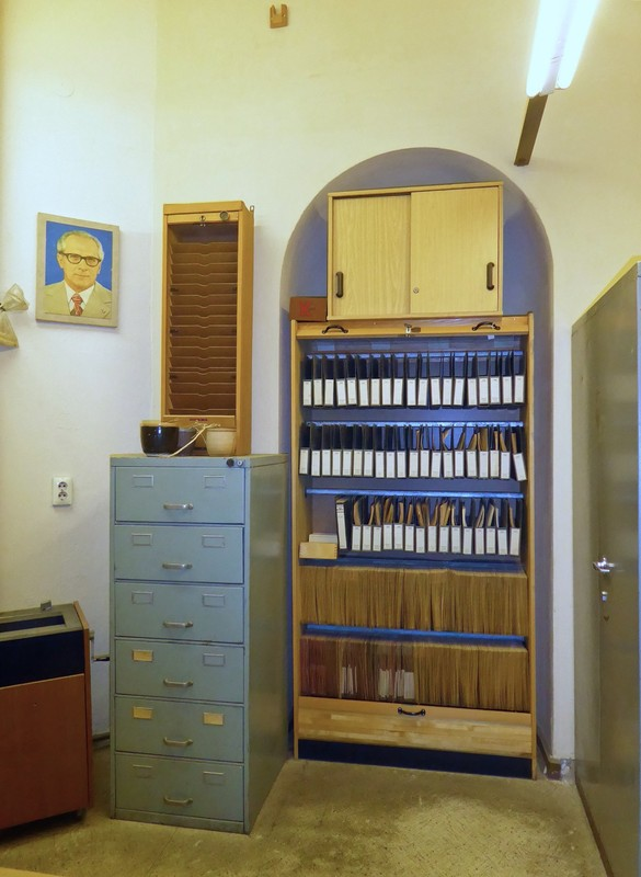Stasi employee's office at the Runde Ecke