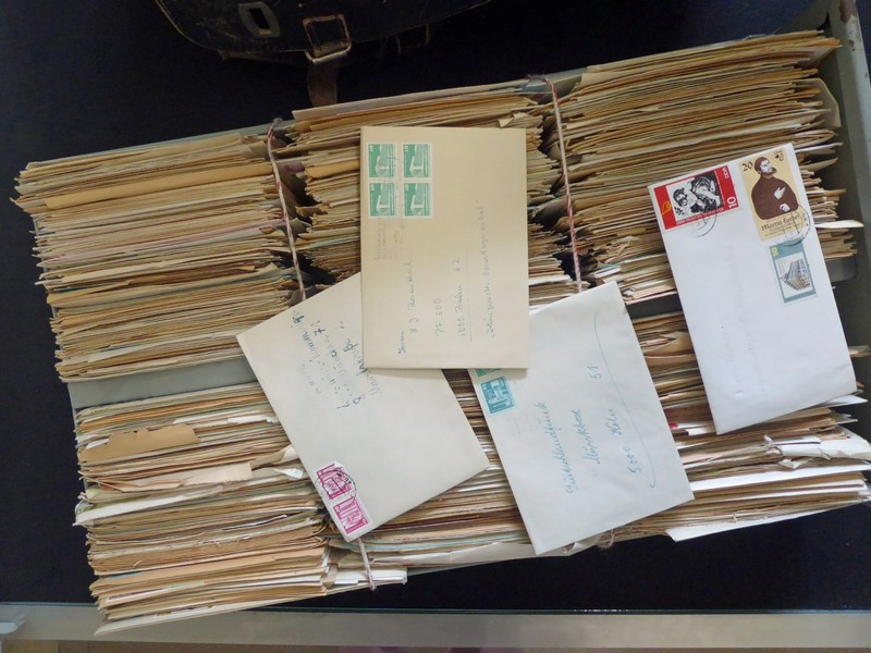 Old letters, Runde Ecke