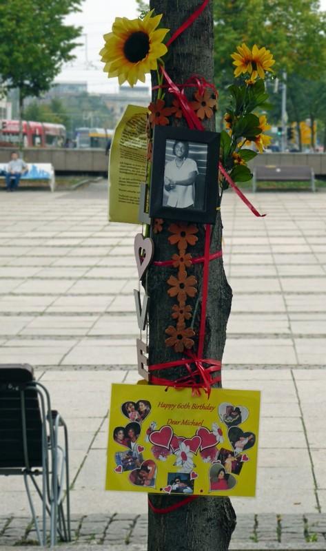 Tree dedicated to Michael Jackson, Augustusplatz, Leipzig