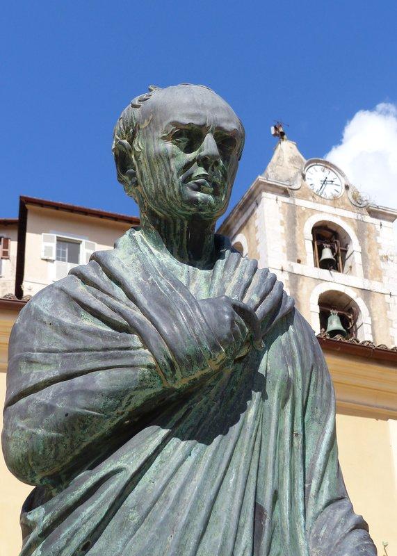 Statue of Caius Marius, Piazza Municipio, Arpino