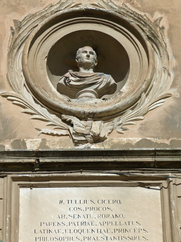 Bust of Cicero on the Tulliano, Piazza Municipio, Arpino
