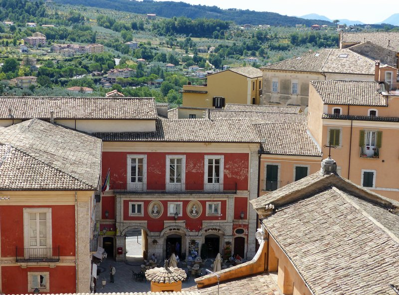 Arpino's Piazza Municipio from above