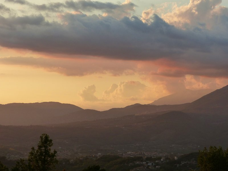 Sunset on the road to the Splendor, Arpino