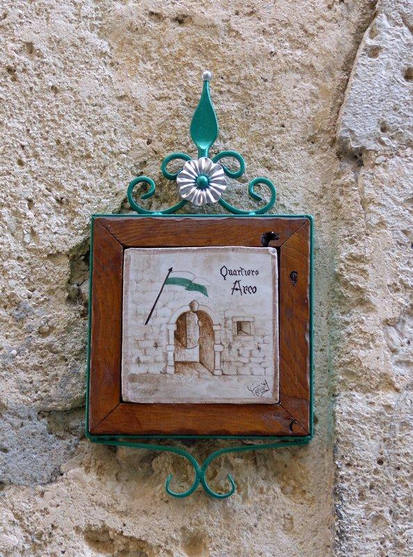 Quarter sign, Arco, Arpino