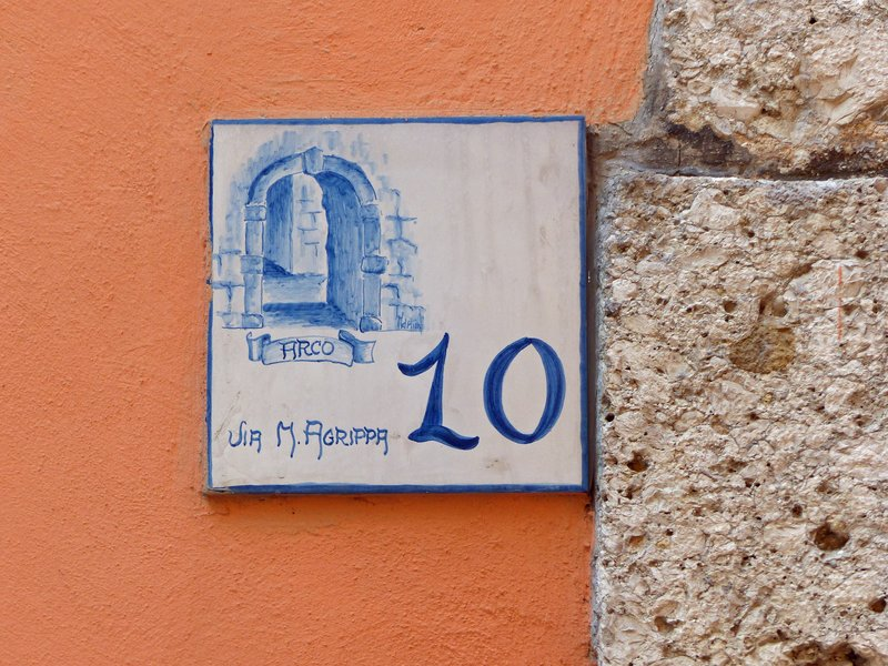 Road sign, Arco, Arpino