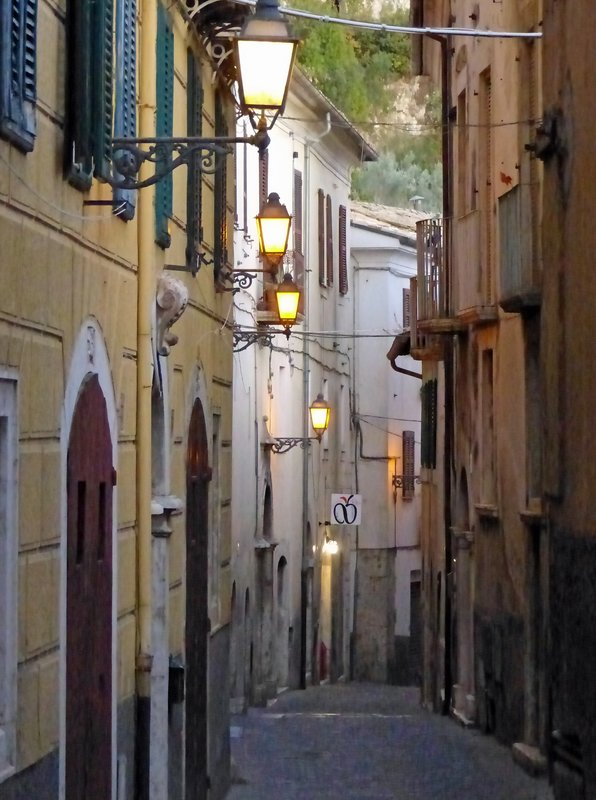 Arpino at night