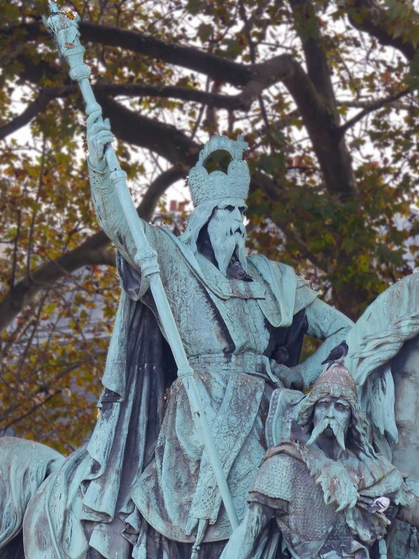 Statue of Charlemagne in front of Notre Dame