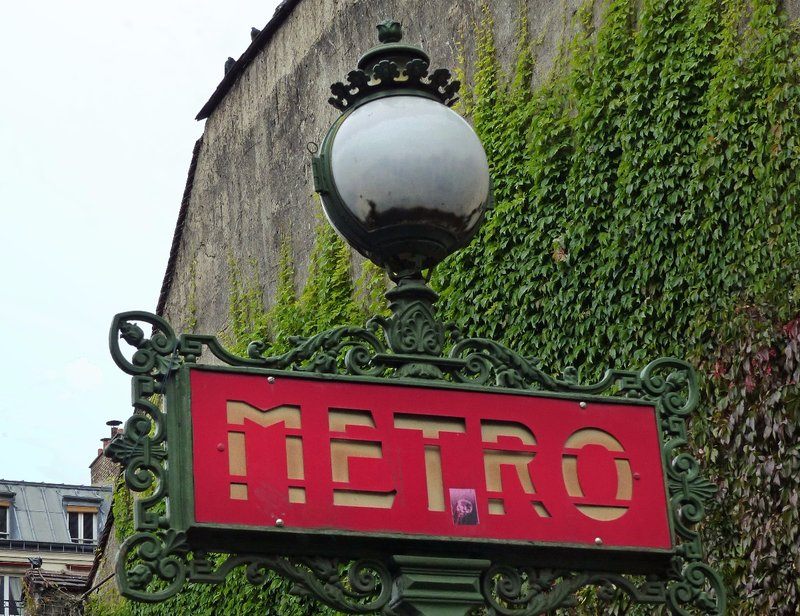 Metro station sign, Saint Germain des Prés