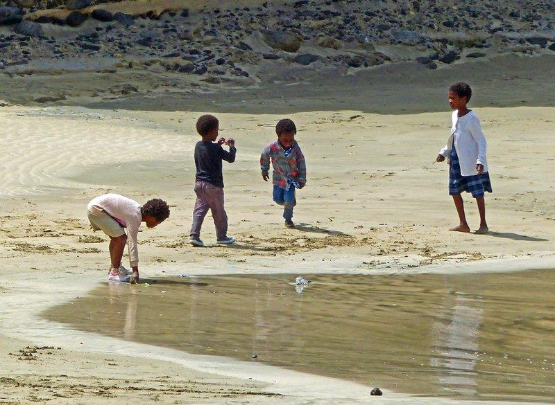 Children on the fishermen's beach, Tarrafal, Santiago