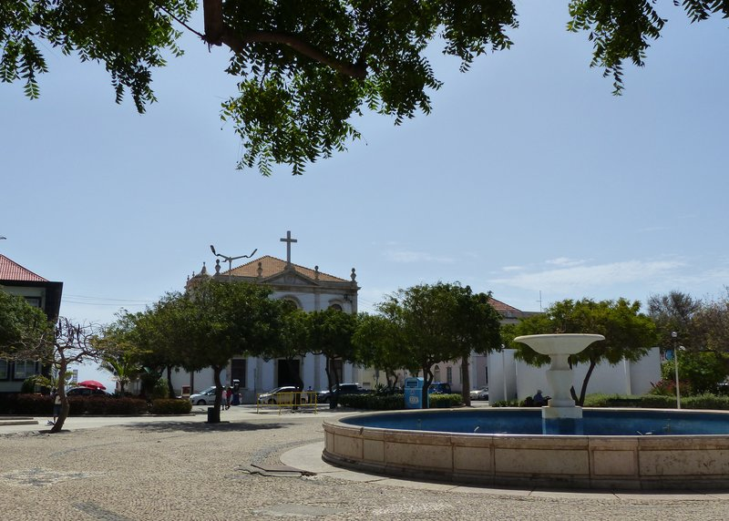 Praça Alexandre Albuquerque, Praia