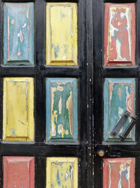 Old door, Santa Maria