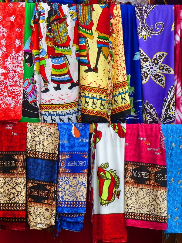 Textiles for sale in Santa Maria