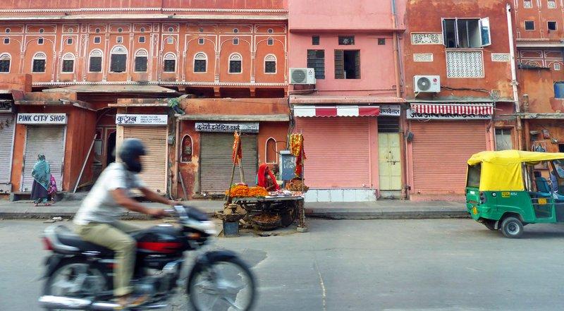 large_Street_scene_1.jpg