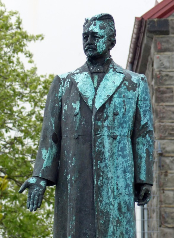 Statue of Hannes Hafstein, Reykjavik