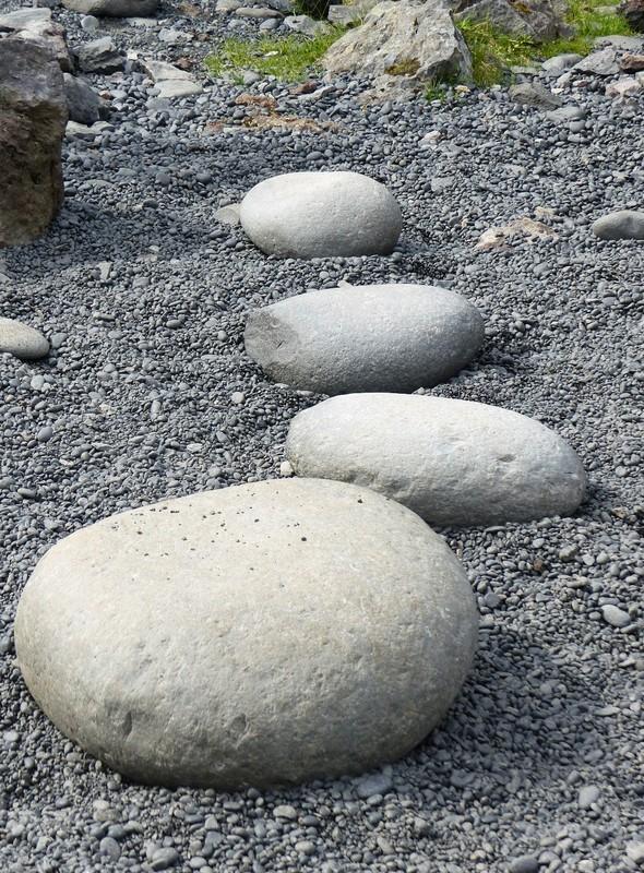 Lifting stones, Djúpalónssandur