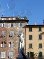 Piazza San Michele, with bubbles