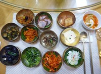A royal dinner in Kaesong