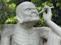 Statue at Tao Sach, Hanoi