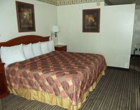 6050638-Our_room_Roswell.jpg