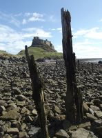 6324185-The_Castle_Lindisfarne.jpg