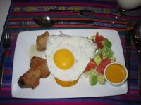 6469105-Llapingachos_con_fritada_Quito.jpg