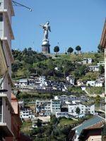 6483794-El_Panecillo_Quito.jpg