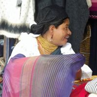 6497673-Stallholder_Otavalo.jpg