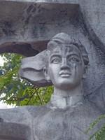 Hang Dau Garden war memorial
