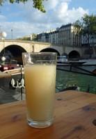 Aperitif on the Quai de l'Hôtel de Ville