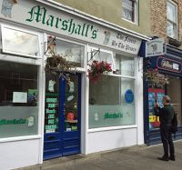 7463171-Marshalls_fish_shop_Tynemouth.jpg