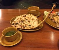 7523495-Naan_bread_Agra.jpg