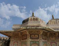 7526179-Ganesh_Pol_roof_Amer.jpg