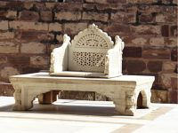 7541898-Throne_Jodhpur.jpg