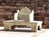 7541898-Throne_Jodhpur.jpg