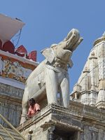 7553562-Jagdish_Temple_Udaipur.jpg