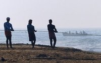 Hauling in the net, Chowara beach