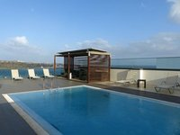Rooftop pool at the Hotel Perola in Praia