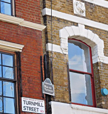 Turnmill street in 2 languages