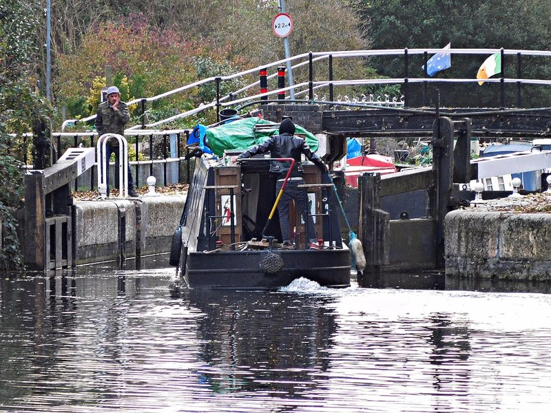 River Lea Navigation Ramney Marsh Lock