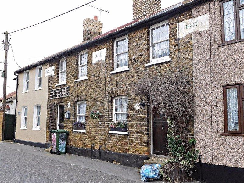 Older cottages East Tilbury