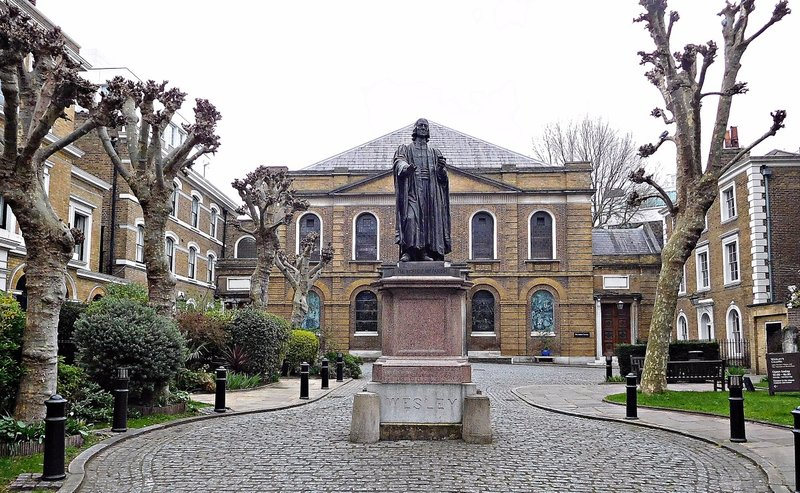 JOHN WESLEY statue and Wesleyan Chapel