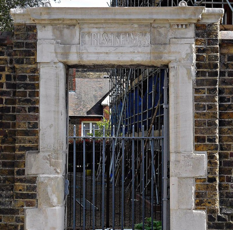 Old Hugh Myddelton School entrance Clerkenwell Close