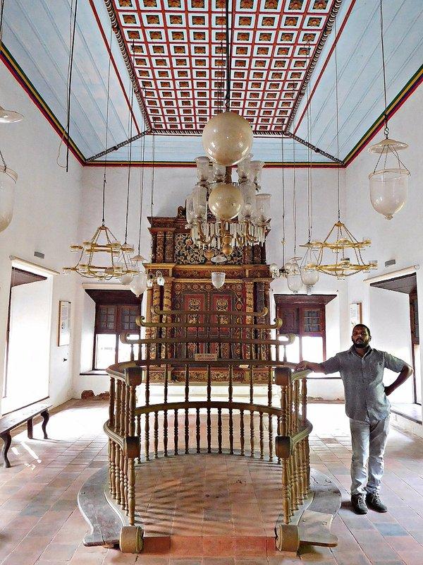 CRANG 7l Chendamangalam synagogue standing by the lower bima