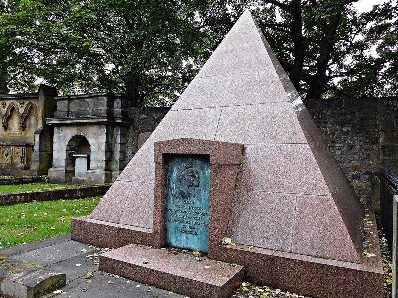EDDEAN 27b Dean Cemetery