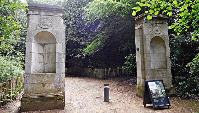 Gate posts at Kenwood West Lodge