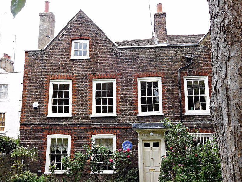 Byron Cottage