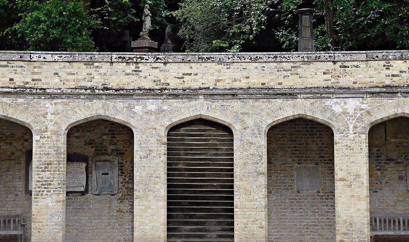 Highgate Cemetery staircase