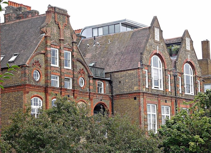 Old school, now academy, on Highgate Hill