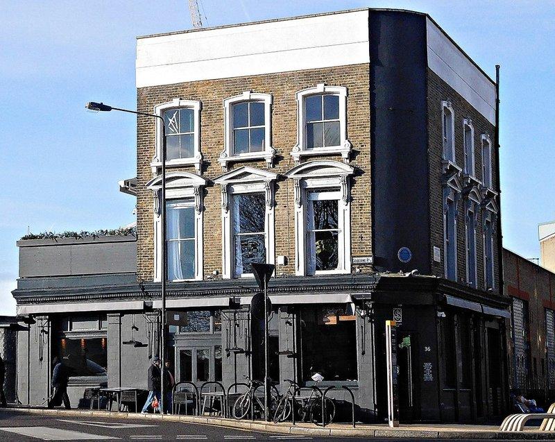 Former Earl of Warwick pub