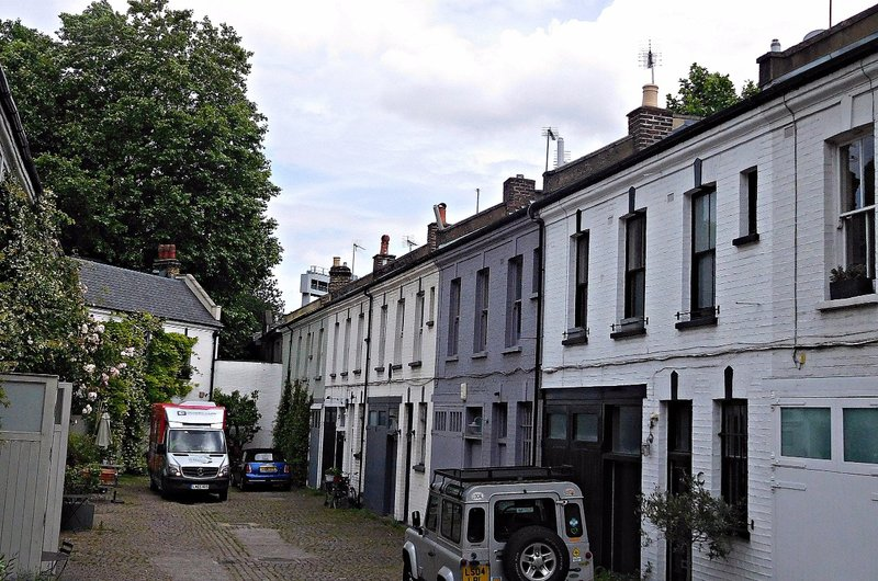 Scampston Mews